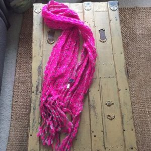 URBAN OUTFITTERS DAMSEL HOT PINK GRAY TASSEL SCARF